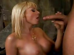 Horny momma Holly Sampson slammed in the mouth and juicy snatch with cock