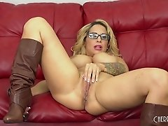 Buxom mom slut in leather boots fucked passionately