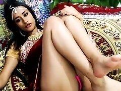 Indian Desi girl webcam nude
