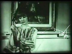 Dreamy Plaything (1950s film)