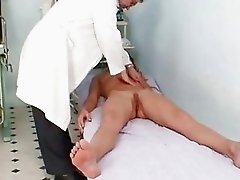 Vanesa Extreme Pussy Gaping On G...