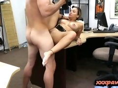 Big butt officer smashed by pawn keeper