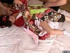 Japanese geisha Ran Monbu gets hairy pussy fingered and nipples sucked