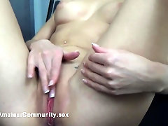 Cute blonde babe masturbates on webcam