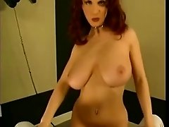 Lapdance From Redhead With Perfect Body