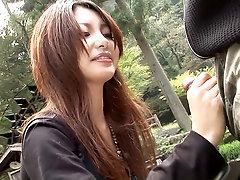 Sakurako pleases her boyfriend in the nature