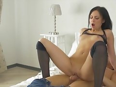 Gorgeous brunette creampie after naughty sex