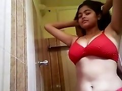 Desi girl red bra