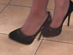 Petra the office secretary gets her gorgeous feet filmed