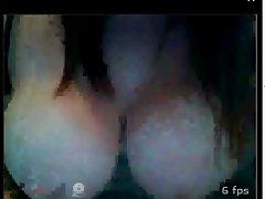 Amateur Webcam Show Boobs