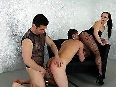 Bi dude gets ass rammed