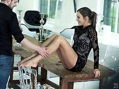 Leggy babe Tina Kay gets her pussy fucked and takes cumshots on her sexy feet