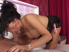 Brunette with big tits gets fucked missionary style in a reality shoot