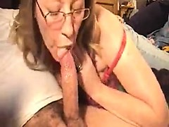 Candida from 1fuckdatecom - Mom blowjob