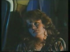 Lisa DeLeeuw vs Honey Wilder - Night Magic (1985).